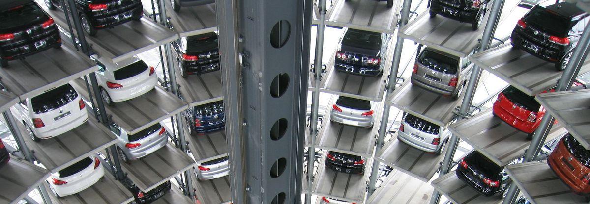 parking ponzano madrid centro garaje premier aparcamiento centrico limpiezas completas para todo tipo de vehículos: prelavado a presión, encerado, abrillantado y aspirado